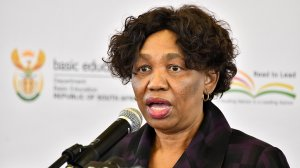 SA: Angie Motshekga, Address by Minister of Basic Education, on the progress made on measures to manage the impact and spread of the Covid-19 pandemic in schools (25/06/20)