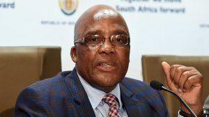 Image of Home Affairs Minister Dr Aaron Motsoaledi