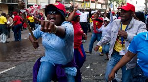 Image showing SAMWU members on strike