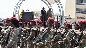 Image of President Cyril Ramaphosa and members of the SANDF